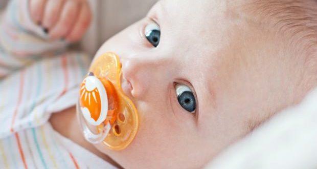 bebeklerde emzik bırakma